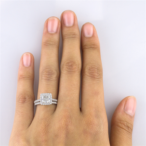 French Cut Halo for Square Diamond