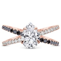 Black And White Diamond Criss Cross Setting | R3096